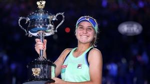 Sofia Kenin battled back to claim her first Grand Slam title