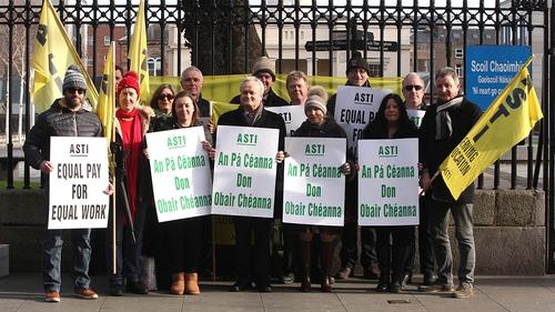 ASTI members demonstrating outside the Department of Education in Dublin