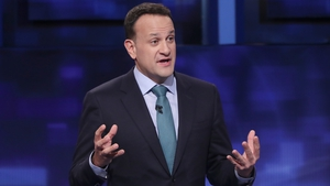 Leo Varadkar says he wants to remain as leader of Fine Gael