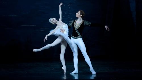 Natalia Kleymyonova and Daniil Orlov in Swan Lake