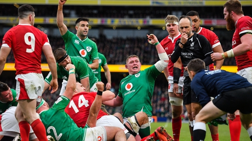 Ireland scored four tries in defeating the reigning Grand Slam champions