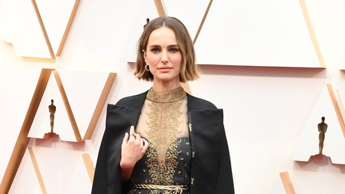 Natalie Portman's outfit pays tribute to female directors.
