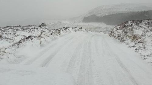 Parts of Wicklow were unpassable due to snow (Credit: @GardaTraffic)