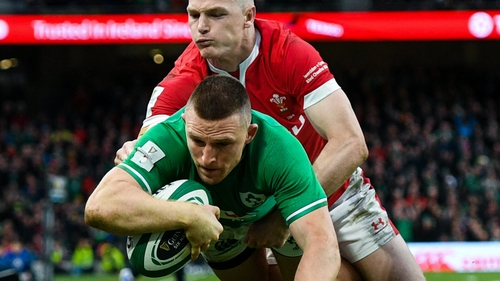 Andrew Conway scored Ireland's bonus-point try against Wales