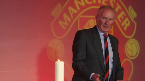 Manchester United Munich Air Disaster Hero Harry Gregg Dies at 87