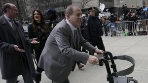 Harvey Weinstein arriving at the court in Manhattan