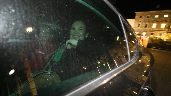 Sinn Féin leader Mary Lou McDonald leaves Leinster House tonight (Pic RollingNews.ie)