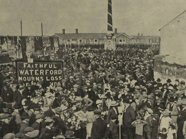 A Waterford contingent taking part in the procession marking the first anniversary of John Redmond's death in 1919 Photo: Illustrated London News, 22 March 1919