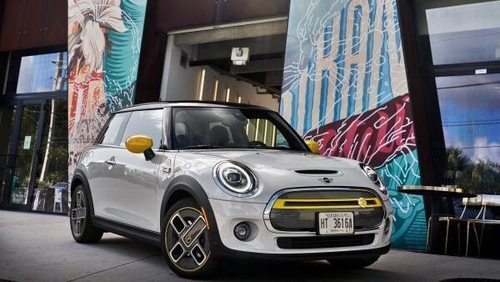 The electric Mini is capable of 0 to 60kph in a breathtaking 3.9 seconds