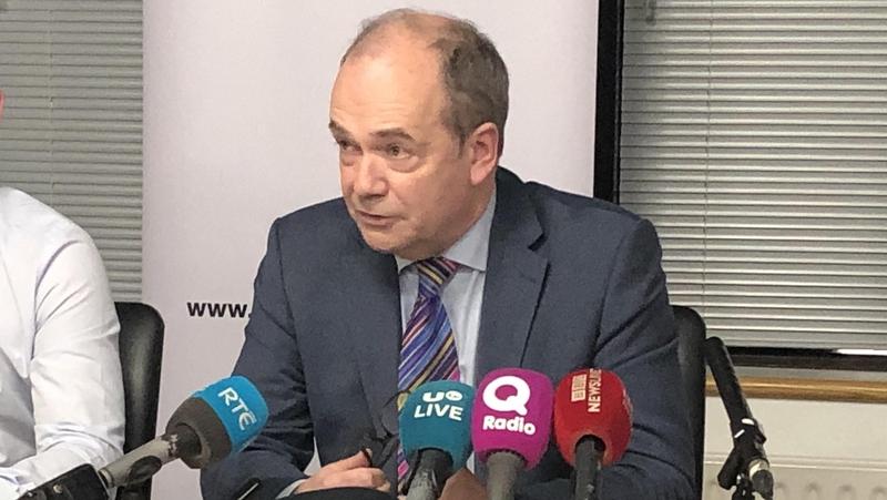 An Dr Michael McBride, Príomhoifigeach Leighis Thuaisceart Éireann