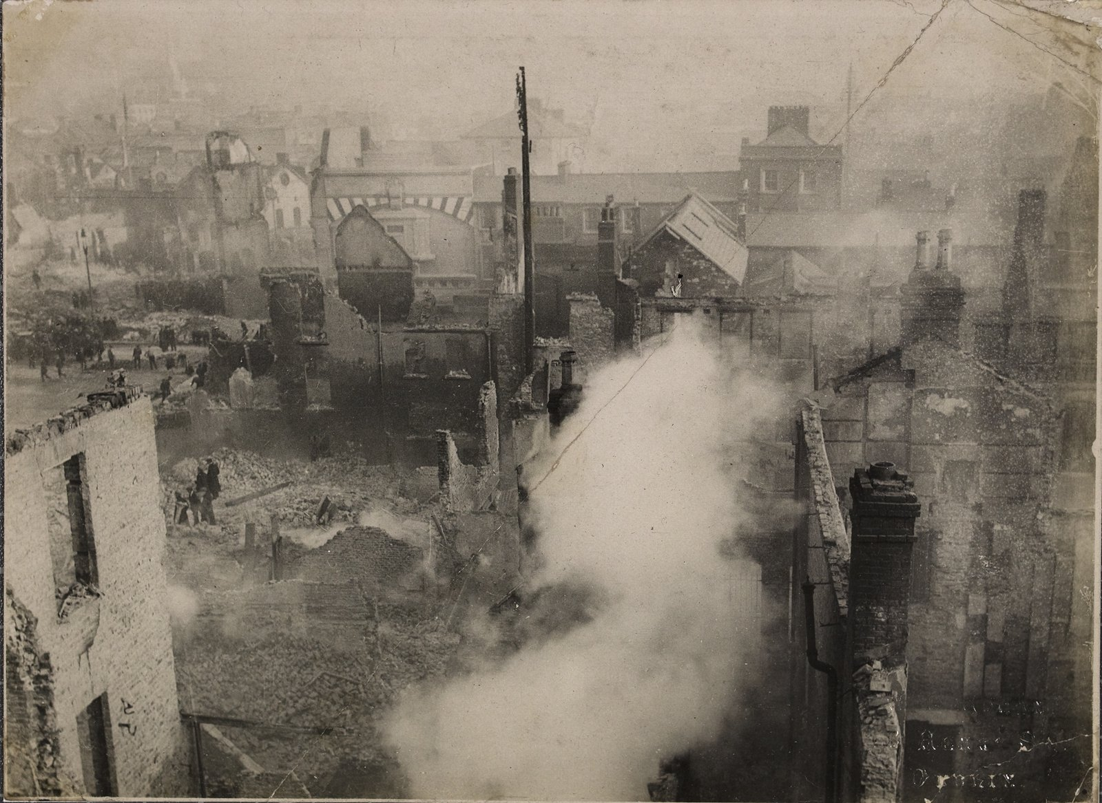 Image - A birds-eye view of the devastated city after the burning of Cork. Image courtesy of the National Library of Ireland