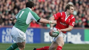 Matthew J Watkins playing against Ireland at Lansdowne Road in February 2006
