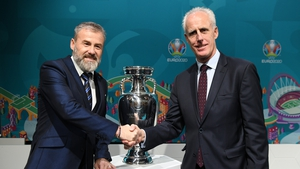 McCarthy poses with his Slovakian counterpart Pavel Hapal following the Euro 2020 playoff draw