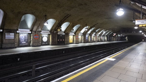 TfL closes Manor House tube station to slow the spread of coronavirus