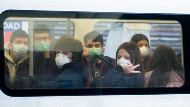 Coronavirus shuts 40 London subway stations