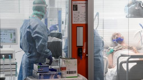 Covid 19 coronavirus: Italy's virus death toll jumps 766 to near 15K