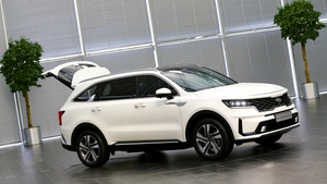 The revised Sorento is wider and higher and also appears longer.