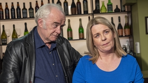 Noreen is distraught about Dee moving but Tadhg gives her some hope.