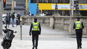 Gardaí on duty on O'Connell Bridge in Dublin (pic: RollingNews.ie)