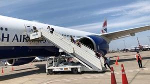 The flight carrying 120 Irish citizens left Peru late last night (Pic: @SimonCoveney)