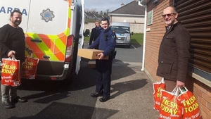 Food being distributed from the food bank (Picture: @StBricins)