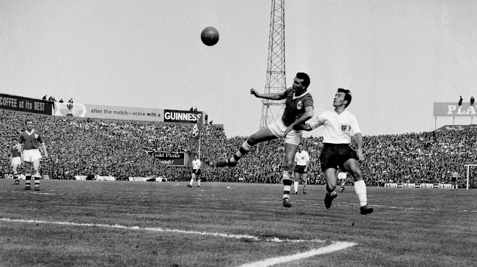 Image - Noel Cantwell in action against Jimmy Greaves in an Ireland-England friendly at Dalymount 1964