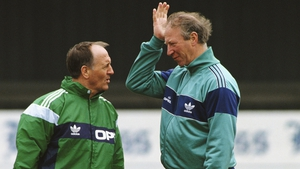 Maurice Setters (L) and Jack Charlton during a Republic of Ireland training session in 1991