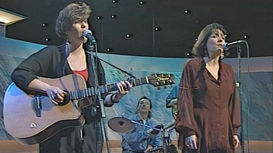 Eleanor McEvoy and Mary Black on The Late Late Show (1992)
