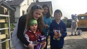The children of Baile an Fheirtéaraigh with their Easter surprise