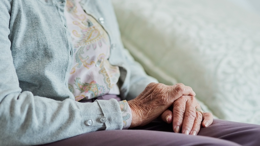 Nursing homes 'left isolated' at start of pandemic