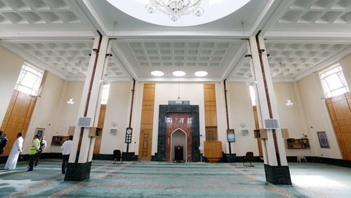 The Islamic Cultural Centre of Ireland in Clonskeagh has urged Irish Muslims to 'take all precautionary actions and abide by the instructions issued by health authorities' (Pic: RollingNews.ie)