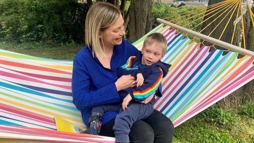 Hanna O'Heineachain with her son Fíonn