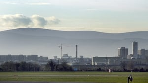 A thick haze of pollution hangs over the Dublin skyline (File pic: RollingNews.ie)