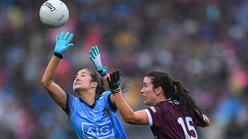 Éabha Rutledge (L) in action for Dublin during the 2019 All-Ireland final