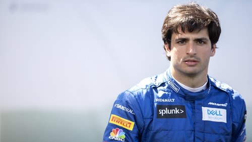 Sainz lined up to replace Vettel at Ferrari