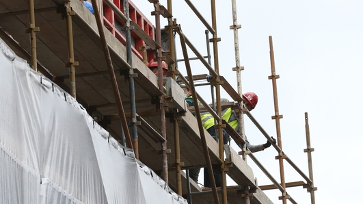 Call for mandatory face coverings on construction sites