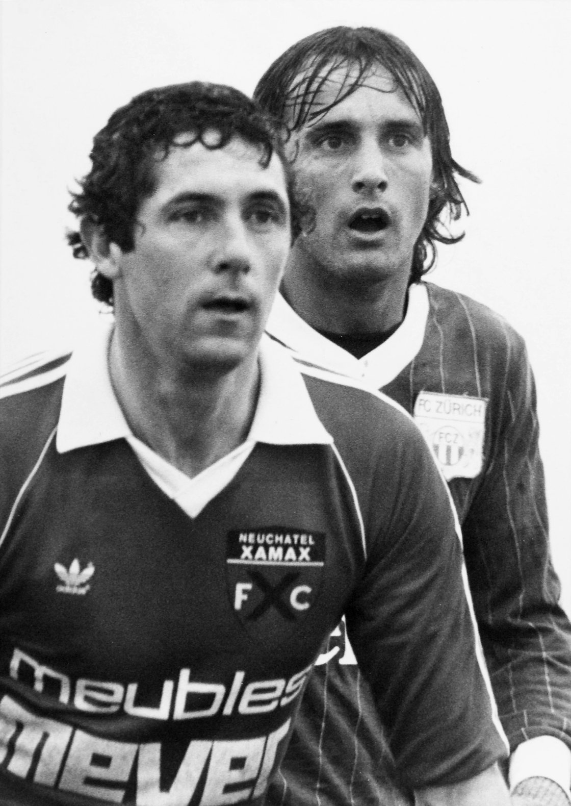Image - Givens and FC Zurich's Fritz Baur in 1982