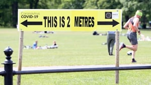 Two metre distancing sign at Phoenix Park, Dublin (pic: Rollingnews.ie)
