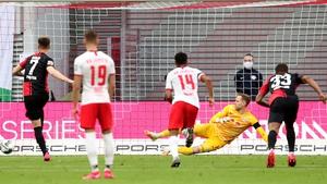 Krzysztof Piatek slots home the leveller for Hertha Berlin