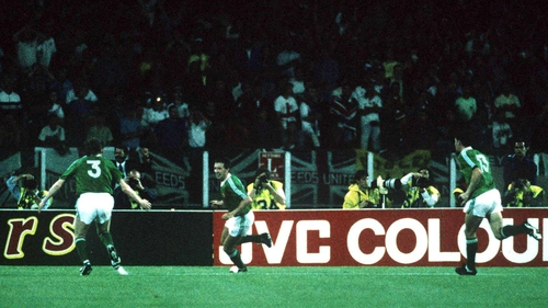 Kevin Sheedy celebrates his equalising goal in Cagliari