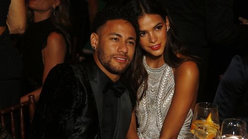 Neymar at the 2018 amfAR gala