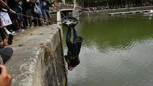 The bronze memorial was dumped in Bristol Harbour