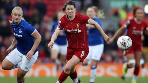 Niamh Fahey has extended her stay with Liverpool