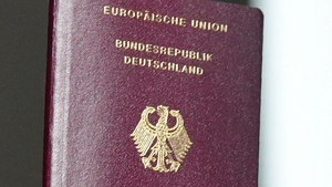 Decision opens the door for descendants of GermanJews bornoutside marriages to become German citizens.