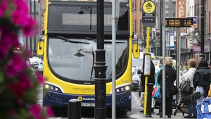 People queue to board a bus in the Liberties in Dublin (Pic: RollingNews.ie)
