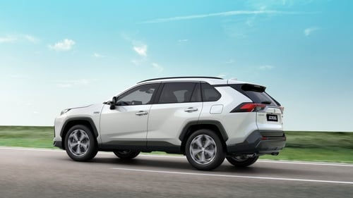 The Suzuki Across is based on Toyota's Rav 4.