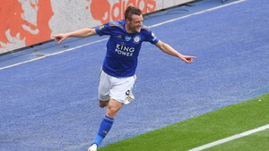 Jamie Vardy celebrating the Foxes' third goal