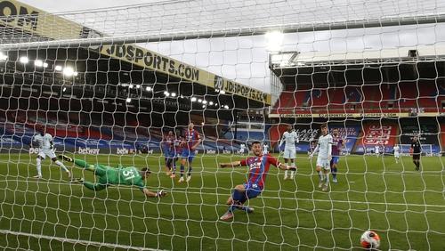 Tammy Abraham scores Chelsea's third goal