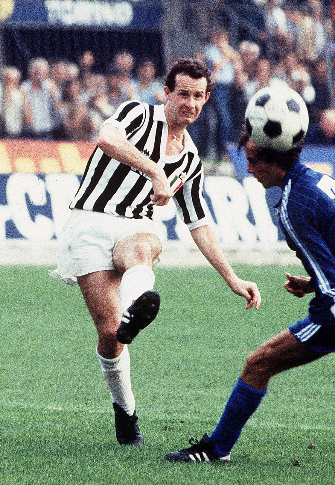 Image - Liam Brady with Juventus in 1982