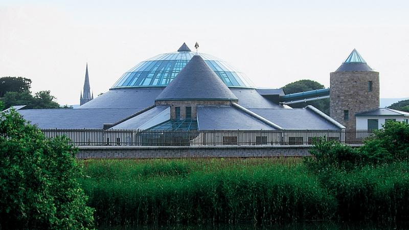 Aqua Dome i dTrá Lí le fanacht dúnta don gcuid eile den mbliain